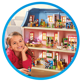 Playmobil - kids playing with cruise ship and doll house.