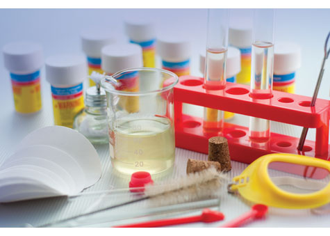 Discovery Kids Chemistry Lab Kit - 80 Experiments - Parent