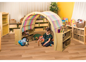 Natural Spaces – Play House – 190 x 94 x 136cm