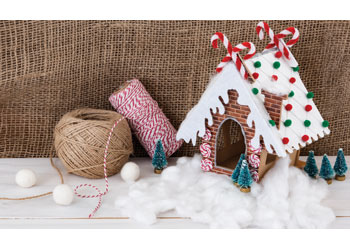 Gingerbread House – Pack of 10
