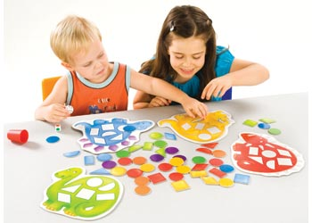 Orchard Toys – Dotty Dinosaurs Game