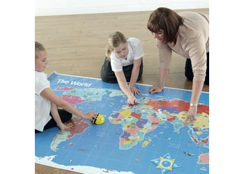 Maps science bee bot mat world map 12 x 21m maps gumiabroncs Images