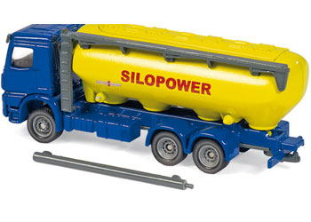 Siku – Truck with feedstuff silo – 1:87 Scale